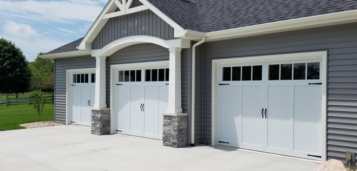 CHI Door Lake Conroe overlay carriage house